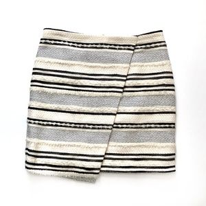 H&M Textured Black & Off White Striped Skirt Sz 4